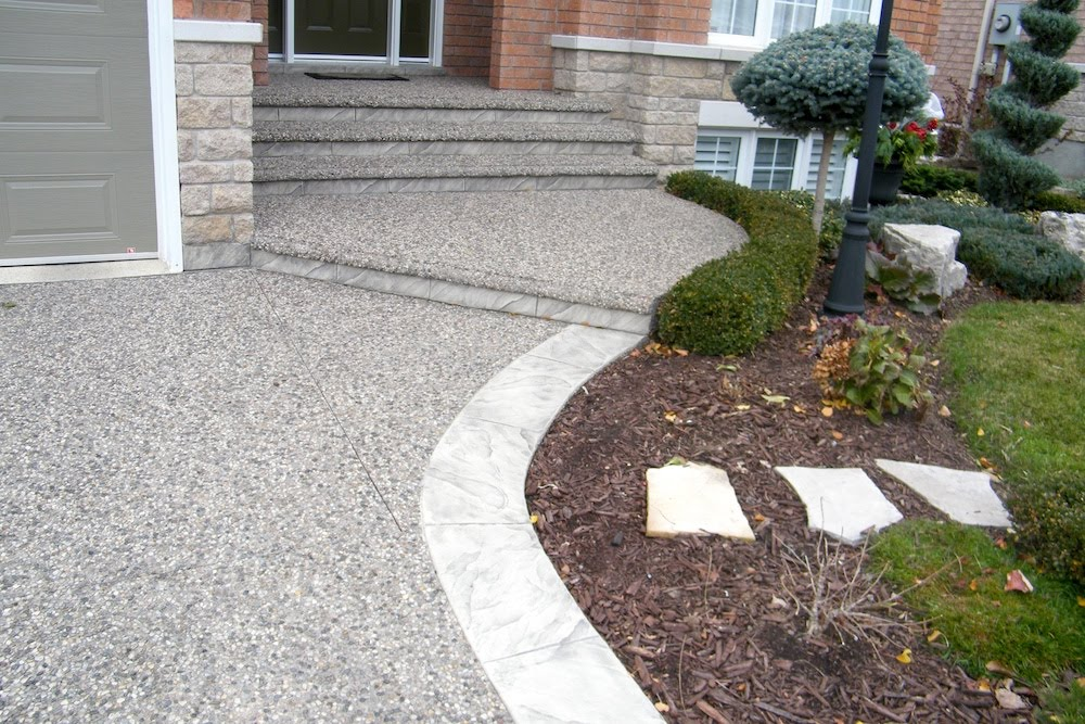 Aggregate Font-walkway